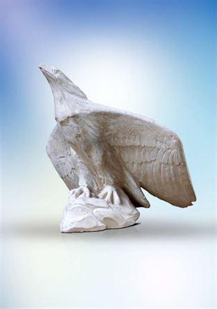 скульптура орел в устремлении