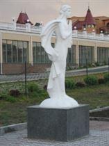 А. Леонов. Аполлон. Аллея муз в г. Киеве. 2007. Искусственный камень