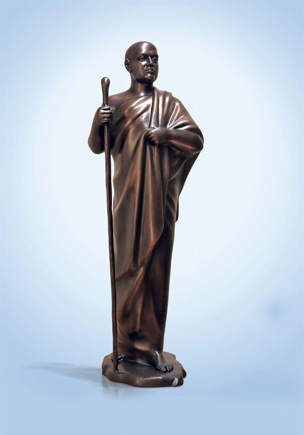 скульптура верующий