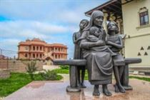 Памятник Мать Тереза