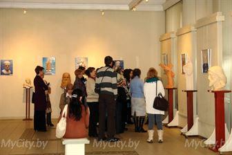 Выставка Алексея Леонова в Могилёве