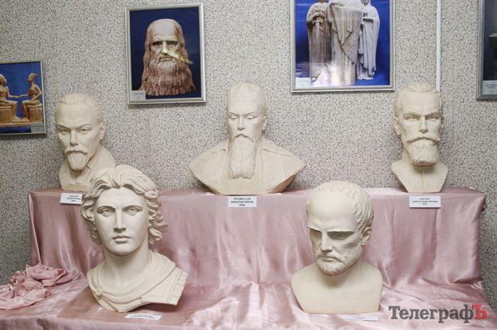 выставка скульптур Алексея Леонова Кременчуг