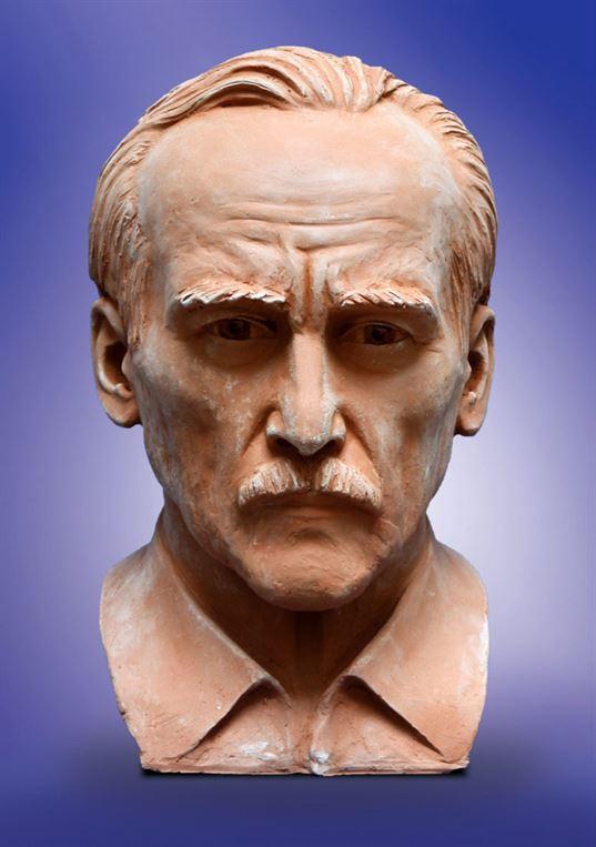 Скульптор В.З.Бородай. 2010. - 18 768x1090