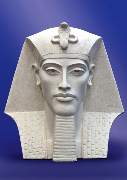 Akhenaten. 2010. Great Teachers of Humanity eхhibition.  ETNOMIR  Cultural Education Center - 5 768x1087