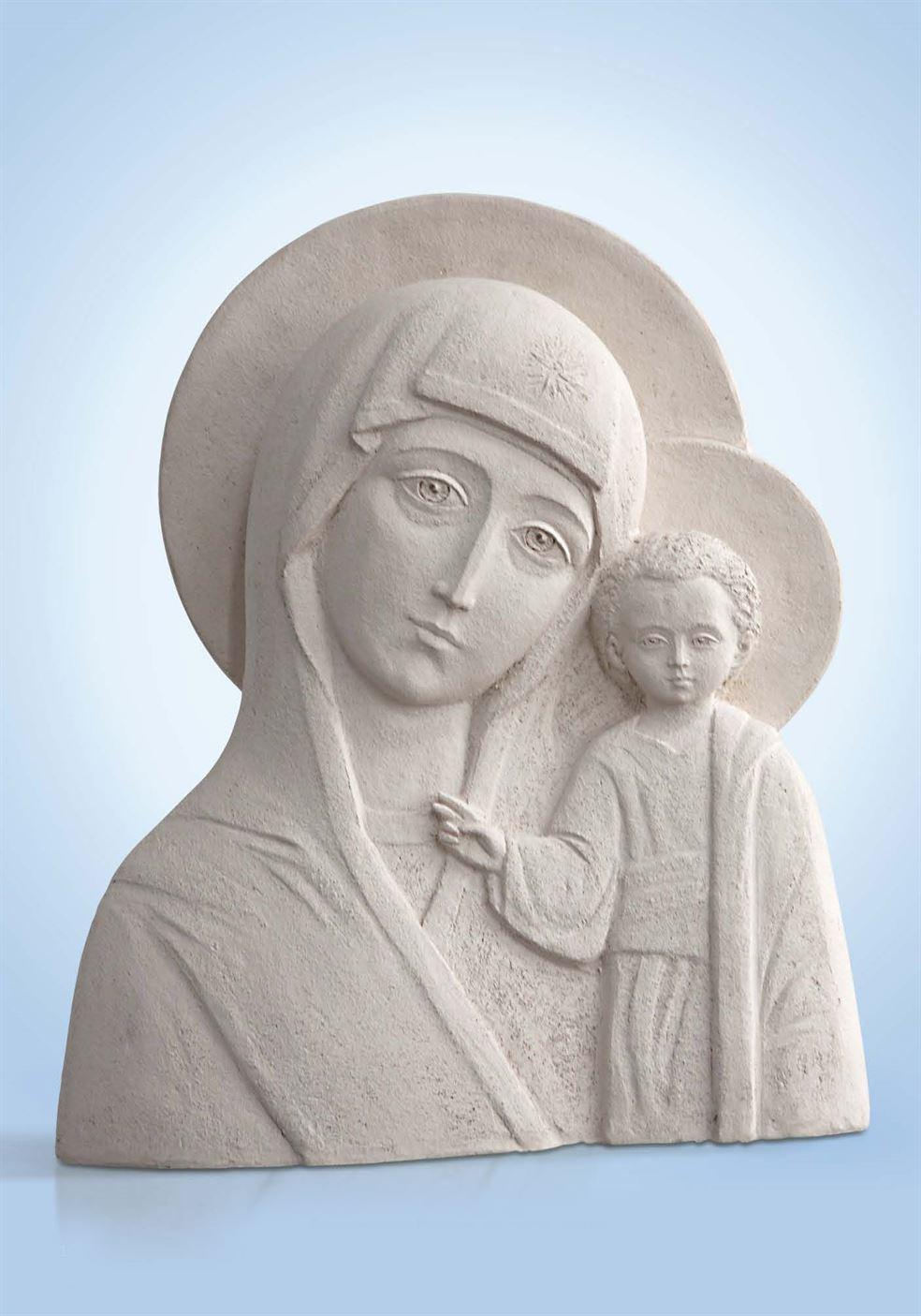 скульптура мария с иисусом