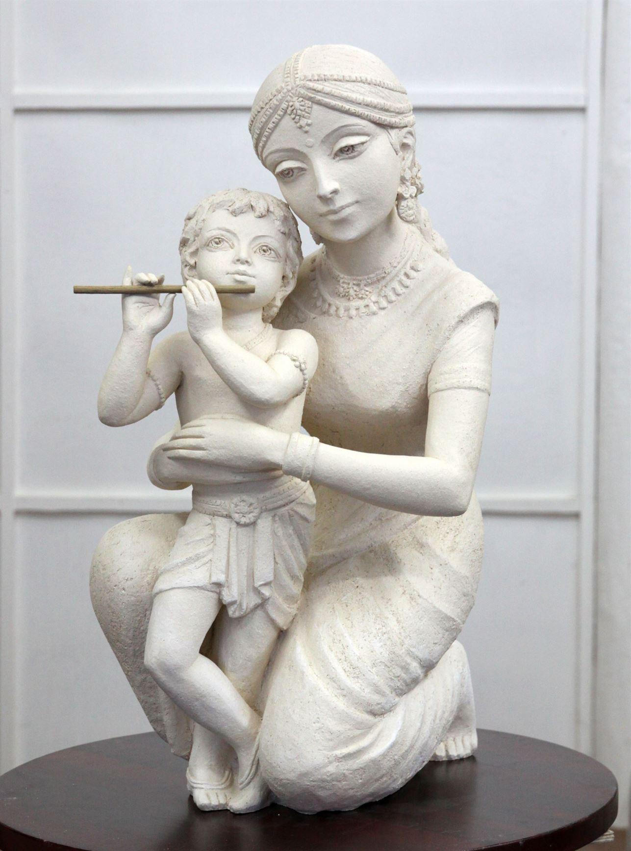 памятник деваки и кришна