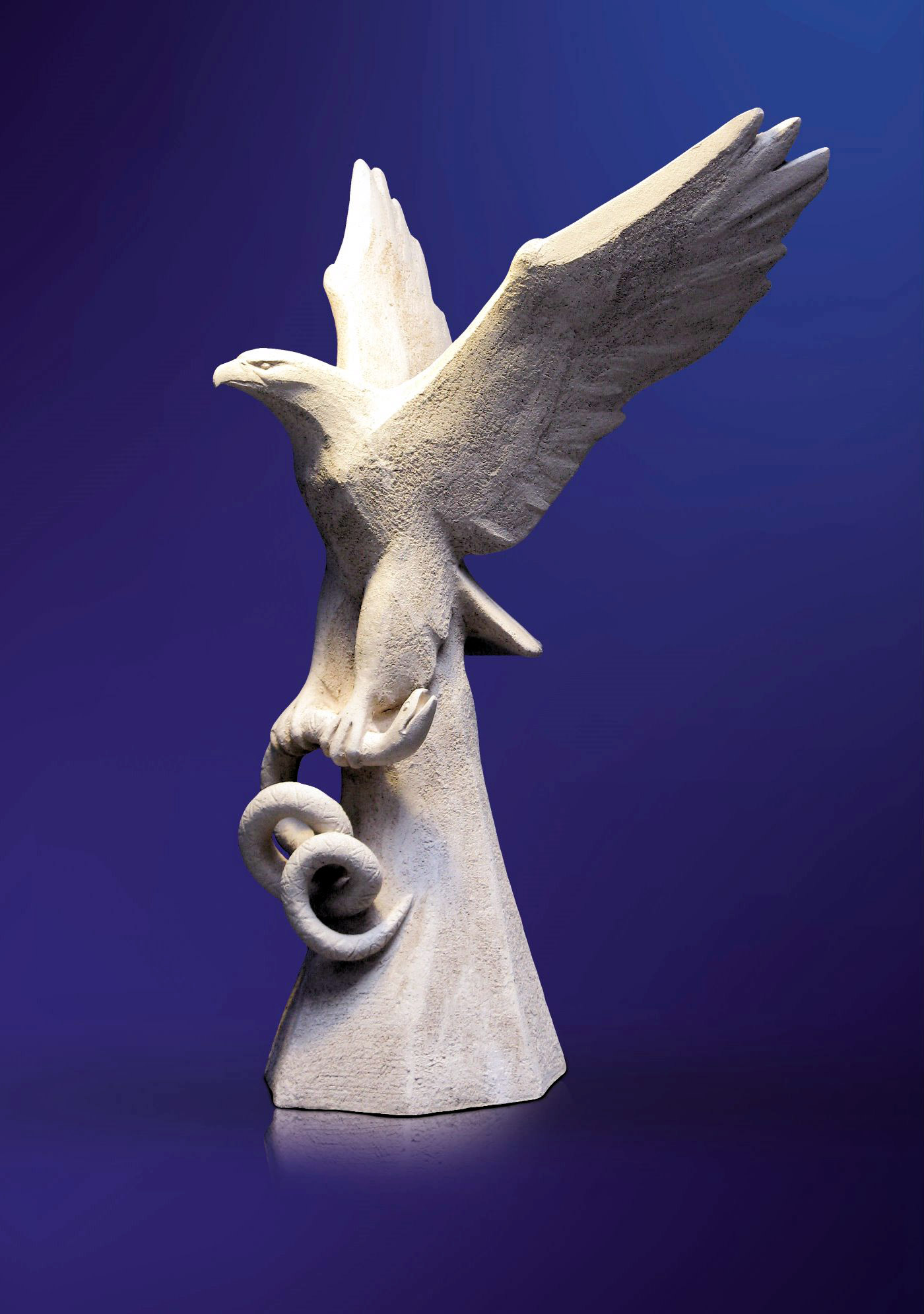 Белый орел. Победа. 2009. Шамот. 73 х 50 х 46.