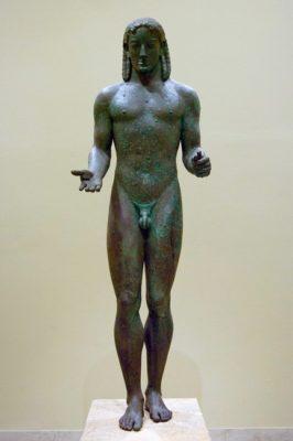 Скульптура мужчины в искусстве Античной Греции - kuros iz pireya 266x400